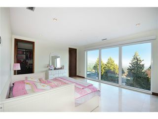 Photo 14: 518 BALLANTREE Place in West Vancouver: Glenmore House for sale : MLS®# V1105350