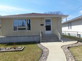 Photo 1: 524 Parkview Street in WINNIPEG: St James Residential for sale (West Winnipeg)  : MLS®# 1510764