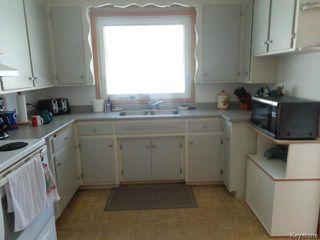 Photo 5: 524 Parkview Street in WINNIPEG: St James Residential for sale (West Winnipeg)  : MLS®# 1510764