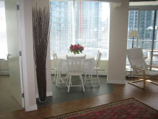 """Photo 6: 1603 58 KEEFER Place in Vancouver: Downtown VW Condo for sale in """"Firenze 1"""" (Vancouver West)  : MLS®# R2004110"""