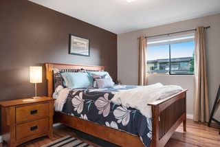 """Photo 15: 215 1442 BLACKWOOD Street: White Rock Condo for sale in """"BLACKWOOD MANOR"""" (South Surrey White Rock)  : MLS®# R2026649"""