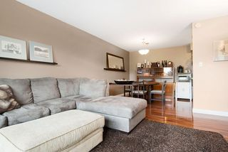 """Photo 14: 215 1442 BLACKWOOD Street: White Rock Condo for sale in """"BLACKWOOD MANOR"""" (South Surrey White Rock)  : MLS®# R2026649"""