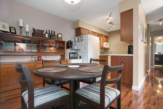 """Photo 7: 215 1442 BLACKWOOD Street: White Rock Condo for sale in """"BLACKWOOD MANOR"""" (South Surrey White Rock)  : MLS®# R2026649"""