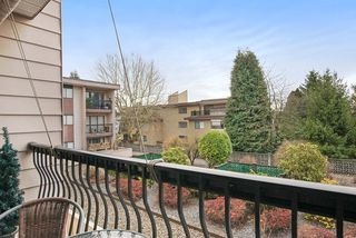 """Photo 10: 215 1442 BLACKWOOD Street: White Rock Condo for sale in """"BLACKWOOD MANOR"""" (South Surrey White Rock)  : MLS®# R2026649"""