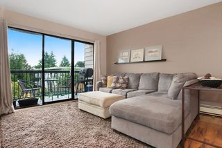 """Photo 12: 215 1442 BLACKWOOD Street: White Rock Condo for sale in """"BLACKWOOD MANOR"""" (South Surrey White Rock)  : MLS®# R2026649"""