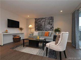 Photo 2: 402 1122 Hilda St in VICTORIA: Vi Fairfield West Condo for sale (Victoria)  : MLS®# 721410