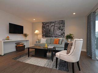 Photo 2: 402 1122 Hilda St in VICTORIA: Vi Fairfield West Condo Apartment for sale (Victoria)  : MLS®# 721410