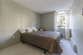 "Photo 9: 304 2004 FULLERTON Avenue in North Vancouver: Pemberton NV Condo for sale in ""WHYTECLIFF"" : MLS®# R2033953"