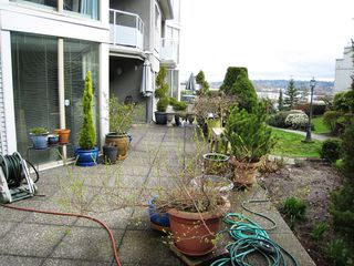 "Photo 13: 105 68 RICHMOND Street in New Westminster: Fraserview NW Condo for sale in ""GATEHOUSE PLACE"" : MLS®# R2046449"