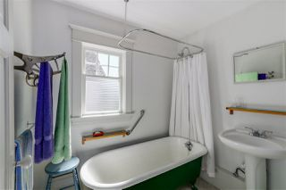 Photo 17: 1605 SALSBURY Drive in Vancouver: Grandview VE House for sale (Vancouver East)  : MLS®# R2055587