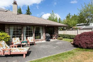 """Photo 4: 4 1680 148TH Street in Surrey: Sunnyside Park Surrey Townhouse for sale in """"Englesea"""" (South Surrey White Rock)  : MLS®# R2069046"""