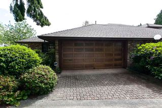 """Photo 1: 4 1680 148TH Street in Surrey: Sunnyside Park Surrey Townhouse for sale in """"Englesea"""" (South Surrey White Rock)  : MLS®# R2069046"""