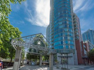 """Photo 1: 1501 58 KEEFER Place in Vancouver: Downtown VW Condo for sale in """"FIRENZE"""" (Vancouver West)  : MLS®# R2075191"""