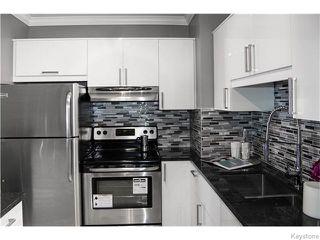 Photo 8: 1079 Valour Road in Winnipeg: West End / Wolseley Residential for sale (West Winnipeg)  : MLS®# 1618701