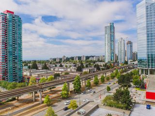 """Photo 11: 1406 6595 BONSOR Avenue in Burnaby: Metrotown Condo for sale in """"BONSOR AVE. PLACE"""" (Burnaby South)  : MLS®# R2105817"""
