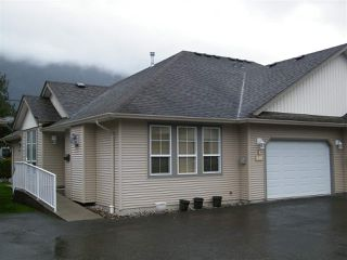 Photo 2: 4 638 COQUIHALLA Street in Hope: Hope Center House 1/2 Duplex for sale : MLS®# R2124027