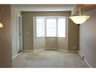 "Photo 7: 309 19730 56 Avenue in Langley: Langley City Condo for sale in ""Madison Place"" : MLS®# R2139542"