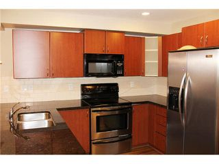 "Photo 4: 309 19730 56 Avenue in Langley: Langley City Condo for sale in ""Madison Place"" : MLS®# R2139542"