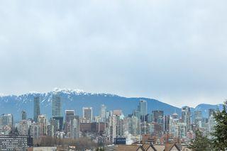 """Photo 14: 202 2190 W 5TH Avenue in Vancouver: Kitsilano Condo for sale in """"KITSILANO"""" (Vancouver West)  : MLS®# R2154140"""