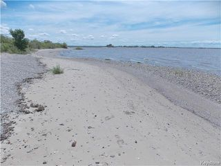 Photo 17: 46 Frontier Road: Island Beach Residential for sale (R27)  : MLS®# 1710208