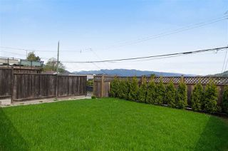 Photo 18: 16 N HOLDOM Avenue in Burnaby: Capitol Hill BN House for sale (Burnaby North)  : MLS®# R2162276