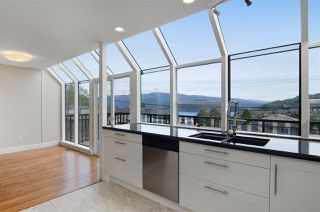 Photo 6: 16 N HOLDOM Avenue in Burnaby: Capitol Hill BN House for sale (Burnaby North)  : MLS®# R2162276