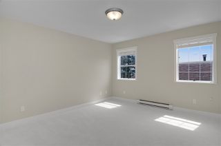 Photo 14: 16 N HOLDOM Avenue in Burnaby: Capitol Hill BN House for sale (Burnaby North)  : MLS®# R2162276