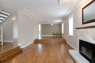 Photo 9: 16 N HOLDOM Avenue in Burnaby: Capitol Hill BN House for sale (Burnaby North)  : MLS®# R2162276
