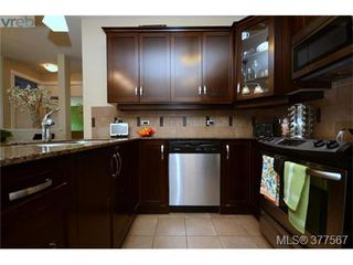 Photo 3: 201 3226 Jacklin Road in VICTORIA: La Walfred Condo Apartment for sale (Langford)  : MLS®# 377567