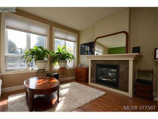 Photo 5: 201 3226 Jacklin Rd in VICTORIA: La Walfred Condo for sale (Langford)  : MLS®# 757997
