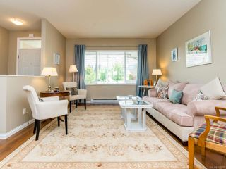 Photo 2: 2854 Ulverston Ave in CUMBERLAND: CV Cumberland House for sale (Comox Valley)  : MLS®# 761595