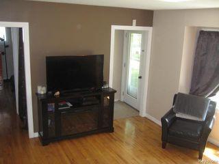Photo 4: 611 Guilbault Street in Winnipeg: Norwood Residential for sale (2B)  : MLS®# 1715631