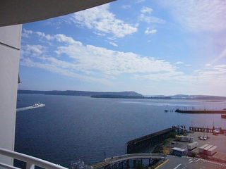 Photo 4: 1602 154 Promenade in The Beacon: Waterfront Condo for sale : MLS®# 283487