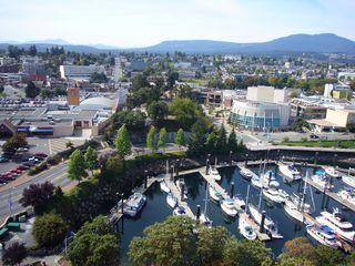 Photo 10: 1602 154 Promenade in The Beacon: Waterfront Condo for sale : MLS®# 283487