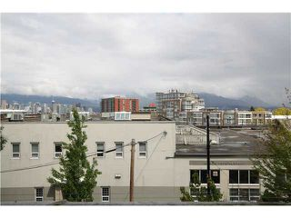 Photo 10: # C1 238 E 10TH AV in Vancouver: Mount Pleasant VE Condo for sale (Vancouver East)  : MLS®# V956199