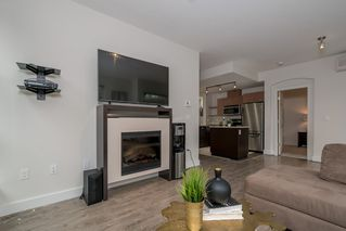 Photo 6: 118 6688 120 STREET in Surrey: West Newton Condo for sale : MLS®# R2210872