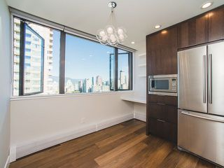 "Photo 5: 2003 1740 COMOX Street in Vancouver: West End VW Condo for sale in ""The Sandpiper"" (Vancouver West)  : MLS®# R2212891"