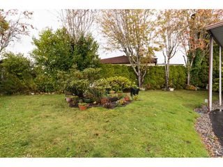 """Photo 19: 101 1840 160 Street in Surrey: King George Corridor Manufactured Home for sale in """"Breakaway Bays"""" (South Surrey White Rock)  : MLS®# R2215928"""