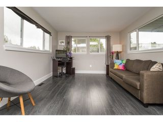 "Photo 4: 101 1840 160 Street in Surrey: King George Corridor Manufactured Home for sale in ""Breakaway Bays"" (South Surrey White Rock)  : MLS®# R2215928"