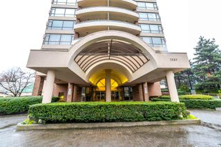 "Photo 1: 1902 5885 OLIVE Avenue in Burnaby: Metrotown Condo for sale in ""THE METROPOLITAN"" (Burnaby South)  : MLS®# R2226027"