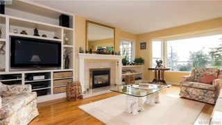 Photo 3: 2946 Tudor Avenue in VICTORIA: SE Ten Mile Point Single Family Detached for sale (Saanich East)  : MLS®# 387091