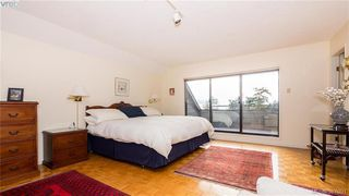 Photo 8: 2946 Tudor Avenue in VICTORIA: SE Ten Mile Point Single Family Detached for sale (Saanich East)  : MLS®# 387091