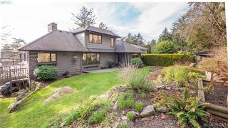 Photo 15: 2946 Tudor Avenue in VICTORIA: SE Ten Mile Point Single Family Detached for sale (Saanich East)  : MLS®# 387091