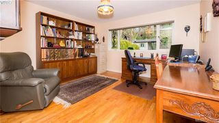 Photo 12: 2946 Tudor Avenue in VICTORIA: SE Ten Mile Point Single Family Detached for sale (Saanich East)  : MLS®# 387091