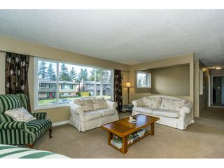 Photo 4: 2146 BAKERVIEW Street in Abbotsford: Abbotsford West House for sale : MLS®# R2244613