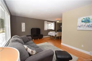 Photo 3: 828 Simpson Avenue in Winnipeg: East Kildonan Residential for sale (3B)  : MLS®# 1808058