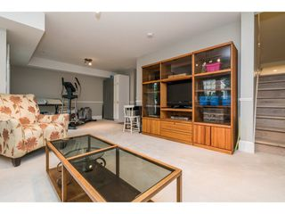 "Photo 17: 53 15037 58 Avenue in Surrey: Sullivan Station Townhouse for sale in ""Woodbridge"" : MLS®# R2255386"
