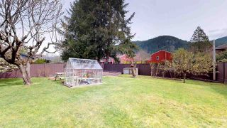 Photo 17: 1530 EAGLE RUN Drive in Squamish: Brackendale House for sale : MLS®# R2259655