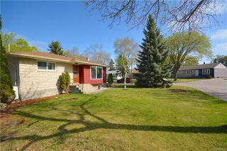 Photo 2: 1224 De Graff Place in Winnipeg: North Kildonan Residential for sale (3F)  : MLS®# 1812774