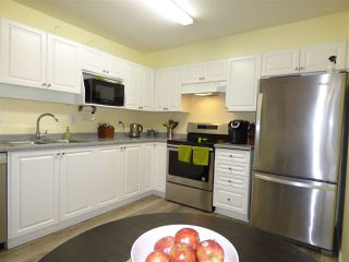 "Photo 3: 210 45520 KNIGHT Road in Sardis: Sardis West Vedder Rd Condo for sale in ""Morningside"" : MLS®# R2269678"